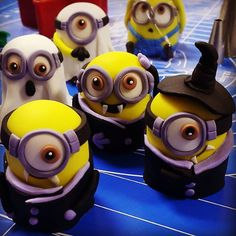 The Minions Wish You A Happy Halloween Minion Halloween