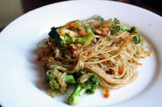 Dinner Tonight: Chinese Five-Spice Noodles with Broccoli