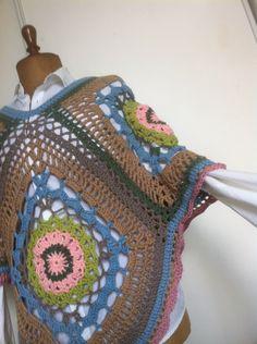 châle long ou poncho multicolore en coton : Echarpe, foulard, cravate par aiguilletine-et-crochetine