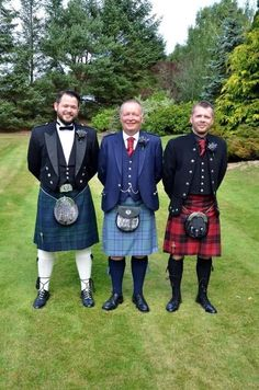 I love a man in a kilt! A collection of photos of men in kilts that put a smile on my face and that get my heart racing! Kilt Jackets, Scottish Kilts, Sheer Socks, Men In Kilts, Daddy Bear, Man Photo, Drums, Tartan, Racing