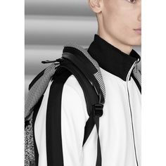 TIMSAH WHITE NOISE | A member of our new limited edition collection, this backpack provides a large carrying capacity, comfortable strap structure and a MemoryTech hood, just in case.
