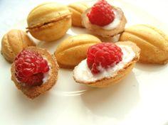 Apetyczne ciasteczka orzeszki wypieczone przy pomocy gofrownicy z wymiennymi płytkami Efbe-Schott ZN 3.1.