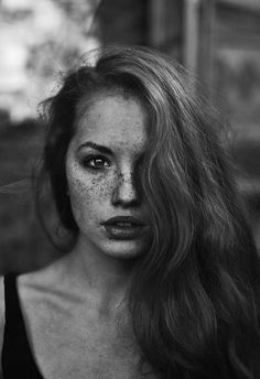 Why cant I have freckles like this? Mine are too boring. #freckledproblems