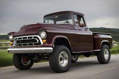 Vintage Trucks Legacy Classic Trucks returns with Chevy NAPCO 1950s Chevy Truck, Chevy Trucks For Sale, Chevy Trucks Older, Gm Trucks, Diesel Trucks, Lifted Trucks, Dually Trucks, Truck Drivers, 1955 Chevy