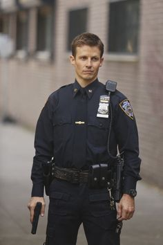 Do you want to check details about Will Estes Jennifer Love Hewitt's ex-boyfriend now? You all have heard something about Will Estes who became popular after Blue Blood. Police Officer Uniform, Police Uniforms, Men In Uniform, Cop Uniform, Blue Bloods Jamie, Blue Bloods Tv Show, Jamie Reagan, Jesse Stone, Blue Bloods