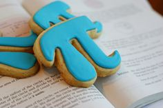 ) Could pass these out to other chapters on that day for easy PR! Pi Day Wedding, Laughed Until We Cried, Happy Pi Day, Cute Food, Party Time, Nerd, Alpha Delta, Sweets, Cookies