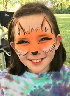 Face painting halloween face painting ideas and tutorials! Fox Face Paint, Mime Face Paint, Girl Face Painting, Painting For Kids, Body Painting, Animal Face Paintings, Animal Faces, Face Painting Tutorials, Face Painting Designs