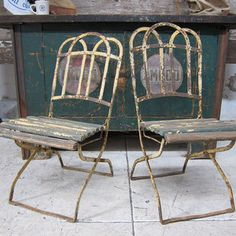 1940s Slatted Garden Chairs Repinned by www.silver-and-grey.com