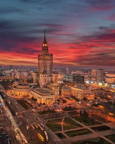 Warsaw Poland - Architecture and Urban Living - Modern and Historical Buildings - City Planning - Travel Photography Destinations - Amazing Beautiful Places Hawaii Travel, Thailand Travel, Italy Travel, Bangkok Thailand, Krakow Poland, Warsaw Poland, Modern City, City Photography, Nightlife Travel