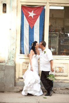 Cuba Wedding (by Dwayne Larson-my photographer!)