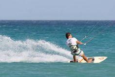 Stage kitesurf en Sardaigne: cours de kite à Cagliari, Villasimius, Chia, Porto Botte, Punta Trettu, Costa Rei