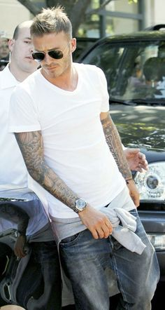 Simple tee and jeans #DavidBeckhamFashion