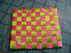 Pink Room Therapy: Bugaboo Tutorial -- Ribbon Weaving
