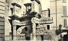 """Le """"Colonnacce"""" al Foro di Nerva Anno: Ante 1932"""
