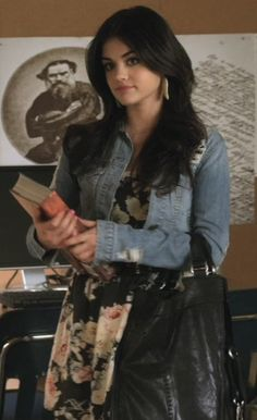Lucy Hale (Aria Montgomery on Pretty Little Liars), inspiration for Jasmine in the Angel Interceptors book series by Elizabeth Corva. Jasmine starts out innocent like Aria, but she doesn& stay that way in book Grunge Look, 90s Grunge, Grunge Style, Grunge Outfits, Soft Grunge, Pll Outfits, Cute Casual Outfits, Edgy Style, Grunge Girl