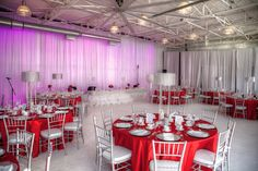 is a Unique Wedding & Corporate Event Space in Toronto & GTA. Wedding Cake Boxes, Box Cake, Silver Wedding Decorations, Table Decorations, White Silver Wedding, Bat Mitzvah, Event Venues, Corporate Events, Unique Weddings