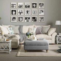 tapis beige, mur gris, photos murales, canapé beige, coussins décoratifs #MinimalistBedroom