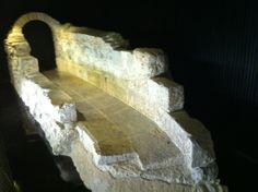 Os invitamos a visitar la fuente de los Caños del Peral #historia #turismo  http://www.rutasconhistoria.es/loc/fuente-de-los-canos-del-peral