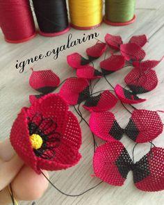 Needle Tatting, Needle Lace, Knitted Poncho, Knitted Shawls, Wire Crochet, Knit Crochet, Brazilian Embroidery, Knitting Socks, Flower Crafts