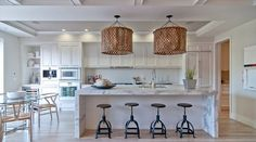 What a fashion kitchen design, it is simple and clean with such white calacatta quartz waterfall countertops