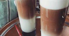 Mennyei Jegeskávé vaníliafagyival recept! Egy kellemes tavaszi, nyári napon jól tud esni egy finom jegeskávé.😊☕ Én így szeretem: Beverages, Drinks, Barista, Glass Of Milk, Latte, Recipies, Cocktails, Food And Drink, Cooking Recipes