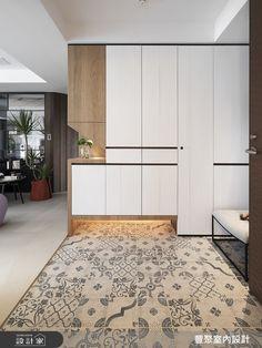 豐聚室內設計 現代風設計圖片豐聚_23之1-設計家 Searchome Hall Furniture, Furniture Design, Foyer Design, House Design, Shoe Cabinet Design, Study Table Designs, Home Interior, Interior Design, Modern Apartment Design