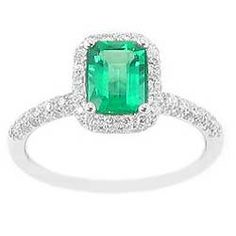 diamond and emerald ring - my prince charming can give me this one day.... ha!