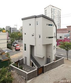 [BY 월간 전원속의 내집] 넓은 집을 선호하던 건축주들의 생각이 바뀌고 있다. 작은 땅에서도 충분한 공...