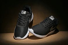 outlet store 62a3f 4768d Chaussures de sport New Nike Tanjun SE Womens 844908-002 Black Noir Pewter  White blanc Mesh Running Shoes Youth Big Boys Shoes