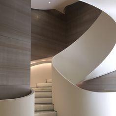 Giorgio Armani Boutique, milano. Spiral staircase.