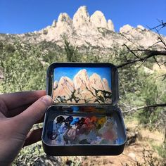 Thinking back to favorite memories of 2017... My time as the artist in residence at Organ Mountains-Desert Peaks National Monument was definitely a highlight. The desert is magic. ✨ Thanks to everyone who has been championing public lands this year. Setting aside all the negative that could be said about 2017, it's been great to see people reevaluating and clarifying what matters most to them.