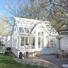 Every thought about how to house those extra items and de-clutter the garden? Building a shed is a popular solution for creating storage space outside the house. Whether you are thinking about having a go and building a shed yourself Greenhouse Shed, Small Greenhouse, Greenhouse Gardening, Greenhouse Wedding, Orangerie Extension, Outdoor Spaces, Outdoor Living, Wooden Greenhouses, Porche