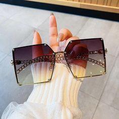 Black Girl Fashion, New Fashion, High Fashion, Fashion Ideas, Clothing Haul, Clothing Ideas, Big Sunglasses, Cute Glasses, Fall Accessories
