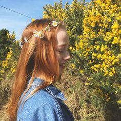 Amybeth McNulty, Anne with an E Anne Shirley, Amybeth Mcnulty, Gilbert And Anne, Anne White, Gilbert Blythe, Lob Hairstyle, Cuthbert, Green Hair, Beautiful People