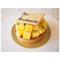 Tarte aux mangues  マンゴータルト 12cm  タルト生地にたっぷりのクリームパティシエール、角切りのマンゴー