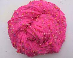 NTS: Strawberry PolkaS Le Slime, Slimy Slime, Foam Slime, Pink Slime, Glitter Slime, Metallic Slime, Diy Crafts Slime, Slime Craft, Slime Swirl