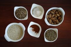 Easy homemade almond dukkah. Spice Mixes, Lchf, Delish, Almond, Spices, Paleo, Homemade, Dinner, Tableware