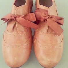 Wing Tip Oxford Flats - Coming Soon From Restricted #oxford #flat