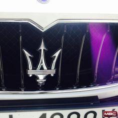 #maserati #quattroporte #luxury #car #luxurylife #luxurylifestyle #sport #white #carporn #autombc #polska #poznanmiastodoznan #poznan #instalike #instasize #insta #instagood #instadaily #instamood #followme #samochód #hypercar