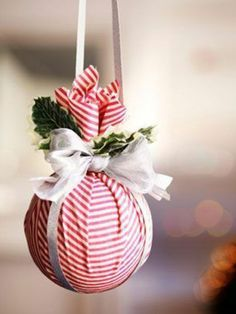 homemade christmas ornaments ideas for adults Fabric Christmas Ornaments, Christmas Crafts For Adults, Diy Christmas Decorations Easy, Easy Crafts For Kids, Holiday Crafts, Homemade Ornaments, Homemade Christmas, Christmas Diy, Ornaments Ideas