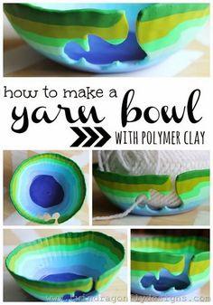 how to make a yarn bowl with polymer clay / fimo DIY knitting accessory Diy Fimo, Diy Clay, Crochet Yarn, Crochet Hooks, Biscuit, Yarn Storage, Yarn Bowl, Polymer Clay Projects, Sculpey Clay