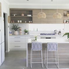 """""""Kitchen is sparkling clean and now weekend-ready! Kitchen Room Design, Living Room Kitchen, Home Decor Kitchen, Interior Design Kitchen, Kitchen Furniture, New Kitchen, Beach House Kitchens, Home Kitchens, Rustic Kitchen Cabinets"""