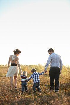 Gorgeous, gorgeous, gorgeous fall family photo shoot.