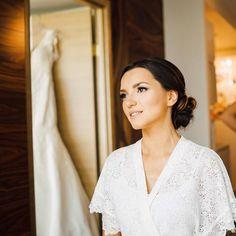 awesome vancouver wedding Мечтаю ☺️❤️✨ @youmewed #OussovWedding #weddingday #bride #morning #weddingdress #vancity #coalharbour #свадба #vancitybuzz #Vancouver #bc #theknot #weddinginspiration #невеста #makeup #bridalmakeup by @olgat_olga  #vancouverwedding #vancouverweddingdress #vancouverweddingmakeup #vancouverwedding