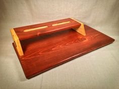The Flat Boy XL Pedalboard - Cognac & Summer Oak - by KYHBPB – Kentucky Hot Brown Pedalboards & Wood Products