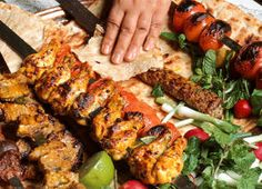Chicken Kabab (Jujeh kabab) - 16 Skewer and Kebab Recipes List Of American Foods, Tandoori Masala, Chicken Kabobs, Grilled Chicken, Bbq Chicken, Indian Food Recipes, Ethnic Recipes, Iranian Food, Iranian Cuisine