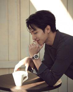 Asian Actors, Korean Actors, Kim Soo Hyun Instagram, K Pop, All Korean Drama, Gumiho, Lee Seung Gi, Park Hyung Sik, Lee Sung