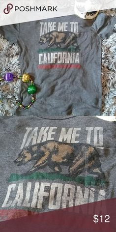 California Unisex T-Shirt Grey. Gently pre-loved. Size L Freeze Tops Tees - Short Sleeve