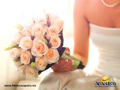 #bodaenacapulco Consigue las mejores instalaciones para tu boda en Acapulco con el Hotel Park Royal. BODA EN ACAPULCO. El Hotel Park Royal de Acapulco cuenta con las mejores instalaciones para que realices tu boda, las cuales son amplias, bien iluminadas y cuentan con los mejores equipos de audio para amenizar la celebración. Te invitamos a visitar la página oficial de Fidetur Acapulco, para obtener más información.