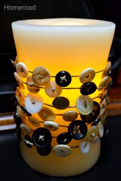 Made this button garland the other night with my Beechcrest Babes friends.  Awesome!!  And so easy, even I couldn't screw it up!  Thanks Sal!!